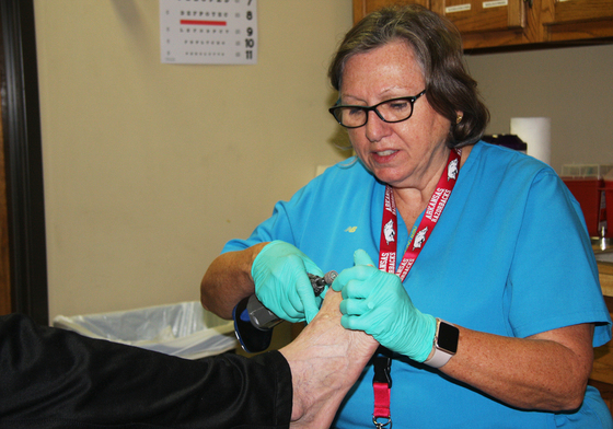 Hearts2Soles Provides Free Foot Exam, Shoes to Local Homeless