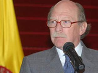 H.E. Camilo Reyes Rodriguez, Ambassador of Colombia
