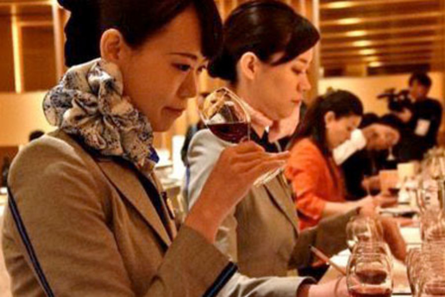 http://www.pax-intl.com/passenger-services/catering/2018/08/10/%E2%80%8Bana-announces-new-wine-and-sake-line-up/#.W3Q23K2ZNE4