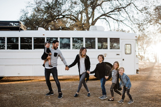 Skoolie Bus
