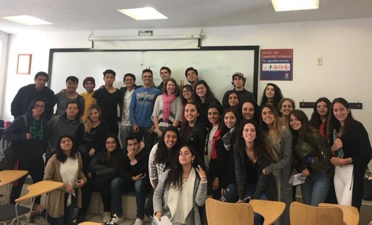 Elena Albarrán joins Sonia Robles' communications class at Universidad Panamericana during Albarran's recent trip to Mexico City