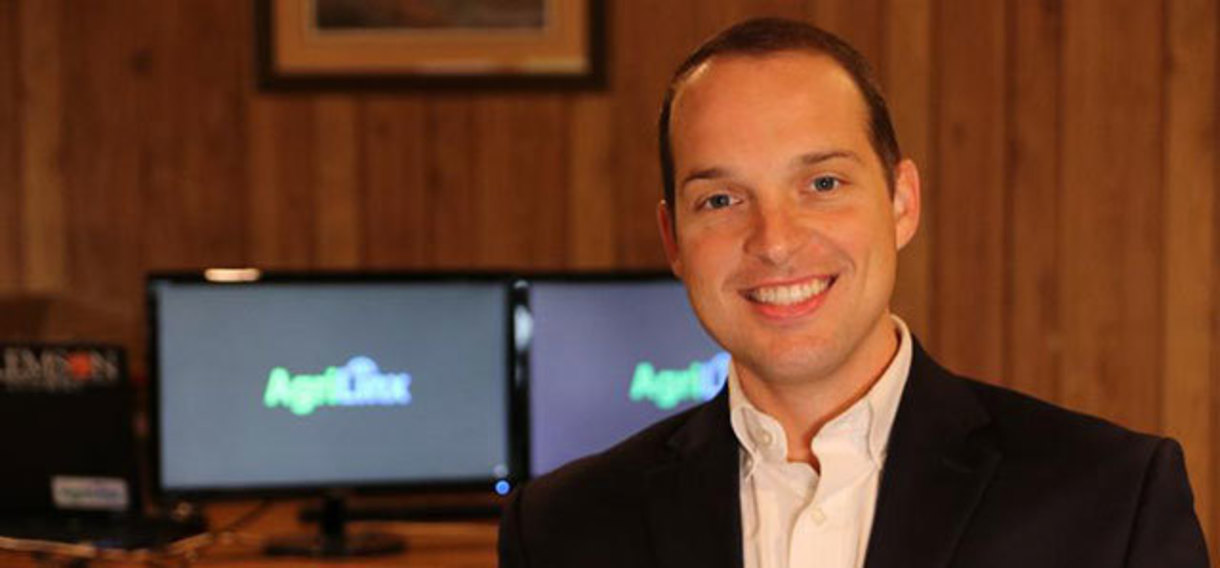 Spencer McLeod '14 MBA took first place in the Spiro Institute's Pitch Smackdown competition.