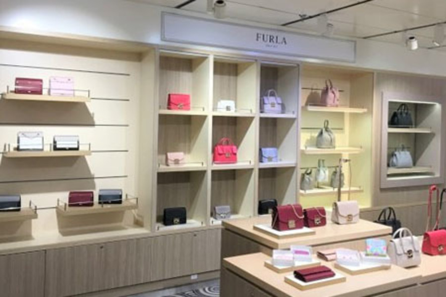 https://www.dutyfreemag.com/asia/brand-news/fashion-bags-and-accessories/2019/01/15/furla-takes-to-the-seas-in-china/#.XD4EKq3MxE4