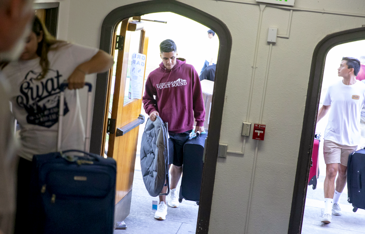 Loggers moving in to residence halls