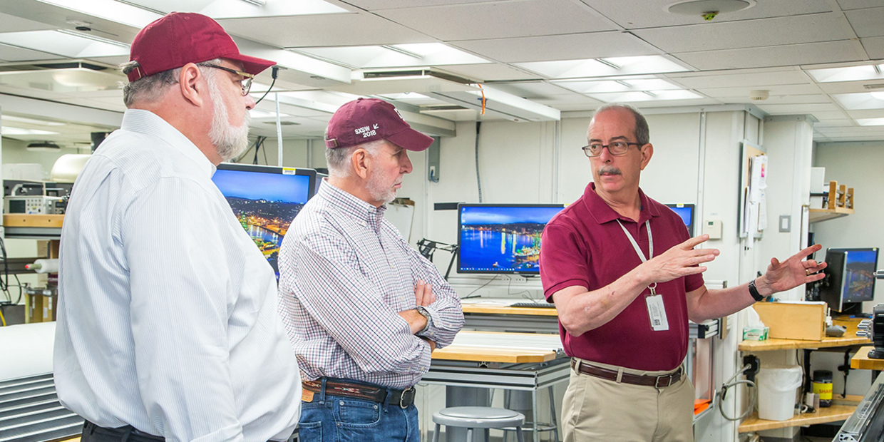 President Young Tours JOIDES Resolution During Rare IODP Stateside Port Call