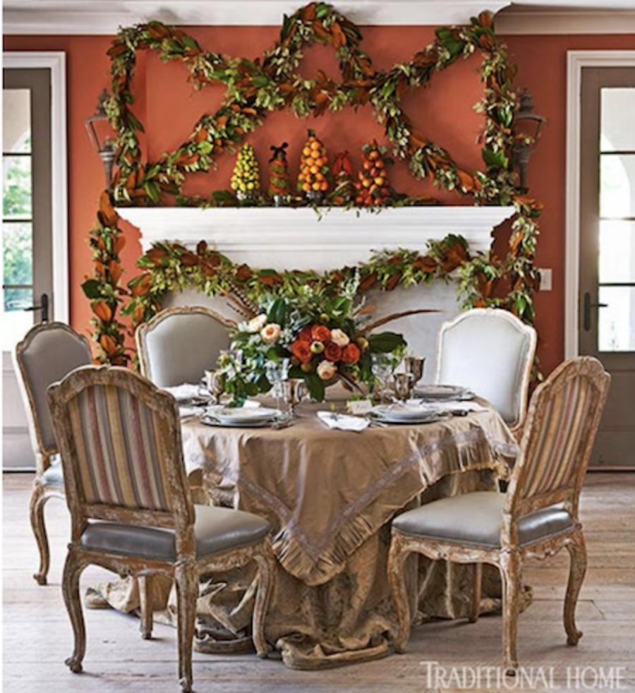 Juliska Capuchine Gooding coral holiday dining room