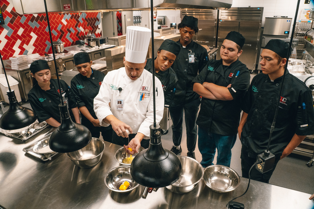 CCIC culinary students