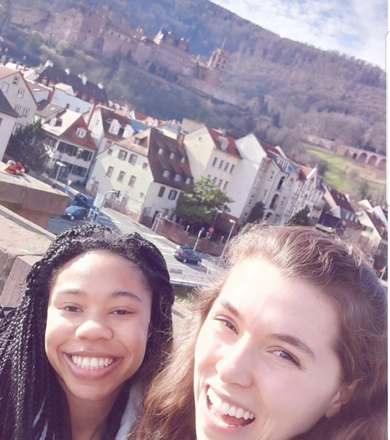 Students in front of a castle in Heidelberg, Germany