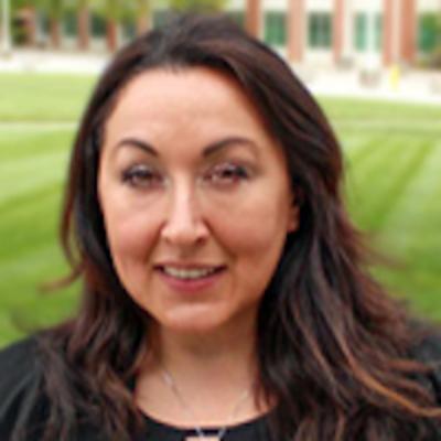 Dr. Marcy Souza