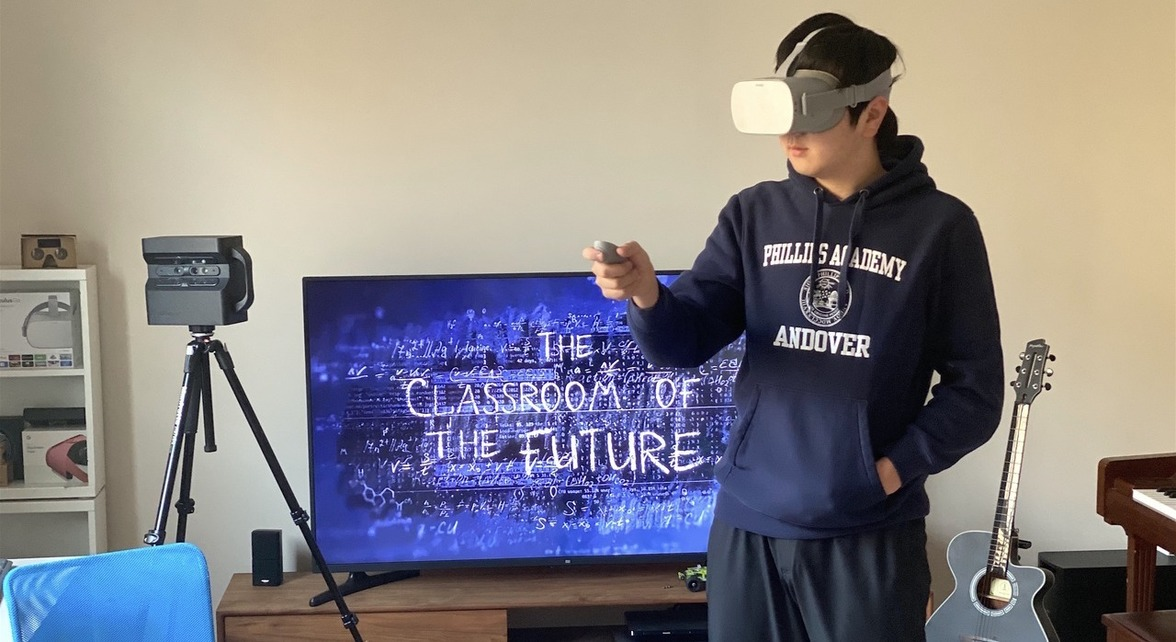 Student with VR