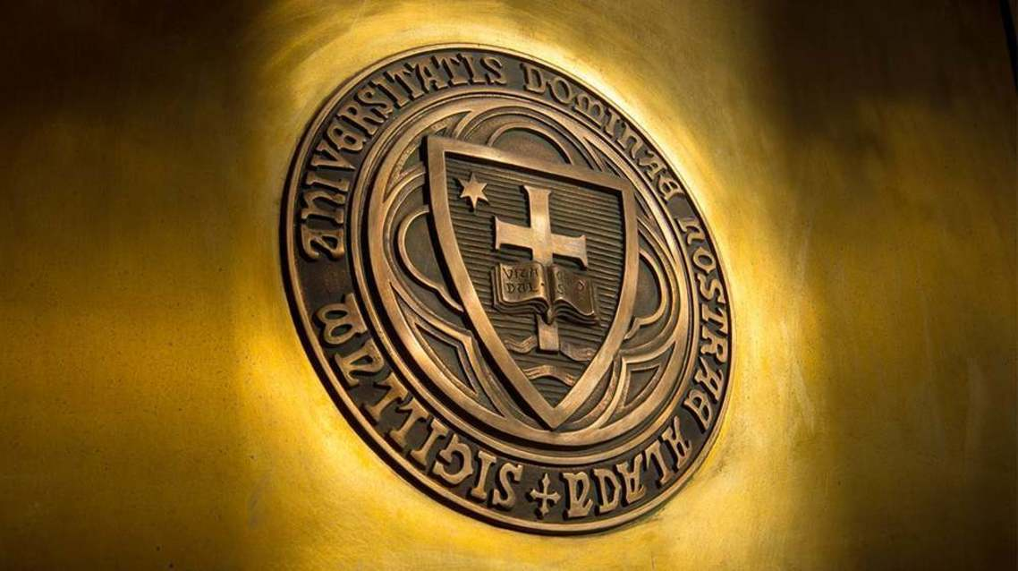 Official seal of the University of Notre Dame.