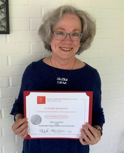 Picture of ULS Art Instructor Nancy Von Brock