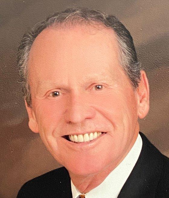Dr. Robert Tschirki