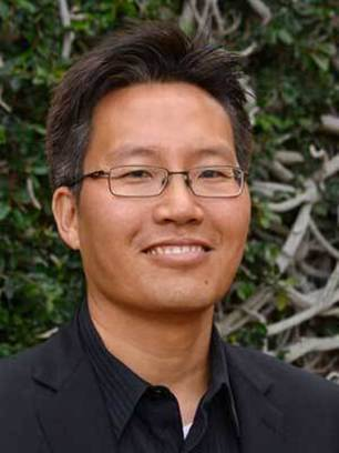 Photo of Nosang Vincent Myung, the Keating Crawford Endowed Professor in Chemical and Biomolecular Engineering