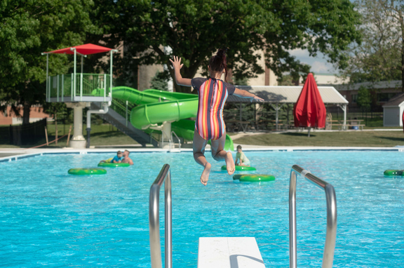 Kid jumps in at Lititz Springs pool complex