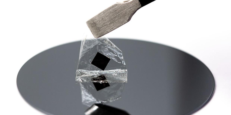 flexible perovskite film