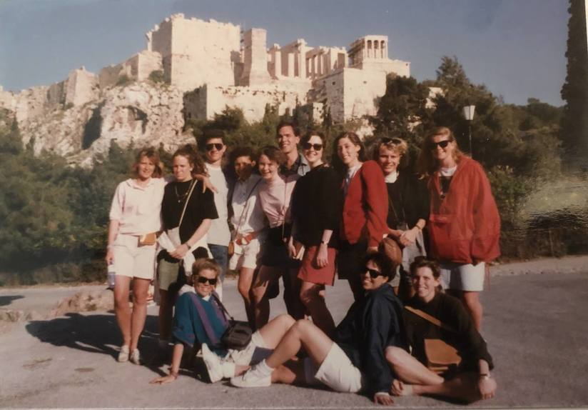 MUDEC students in front of the Acropolis