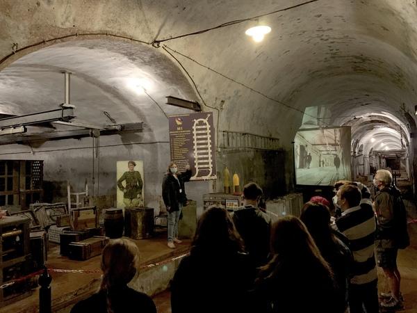 Students inside Fort Hackenberg
