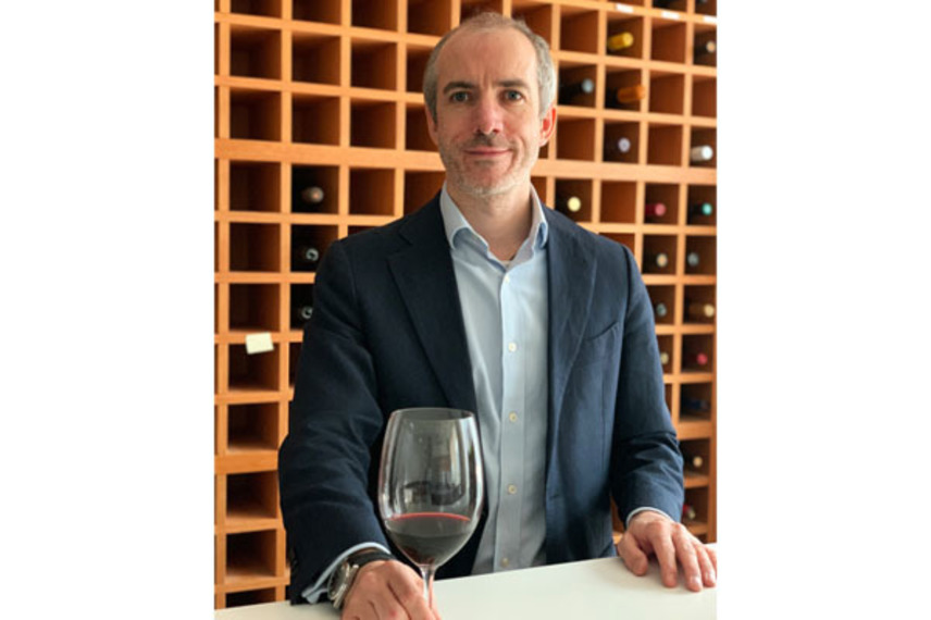 https://www.dutyfreemag.com/gulf-africa/business-news/industry-news/2020/09/14/beans-boughton-becomes-le-clos-and-uaes-first-resident-master-of-wine/#.X1-QEy05TOQ