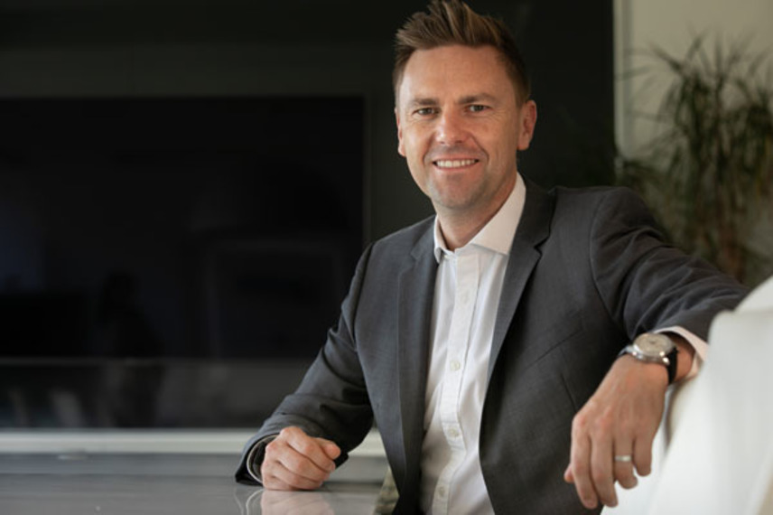 https://www.dutyfreemag.com/asia/brand-news/spirits-and-tobacco/2020/09/14/martin-mackinnon-to-lead-gtr-business-at-accolade-wines/#.X1-Mqi05TOQ