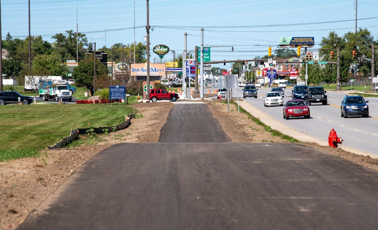 Photo of new bike path in front of Saint Mary's College.