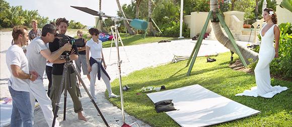 Firooz Zahedi at a photoshoot with Jennifer Lopez