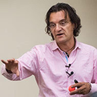 Murat Ozturan giving a presentation