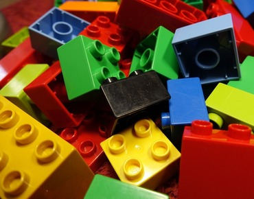 LEGO Build-Along with Play-Well TEKnologies: STEM FUNdamentals