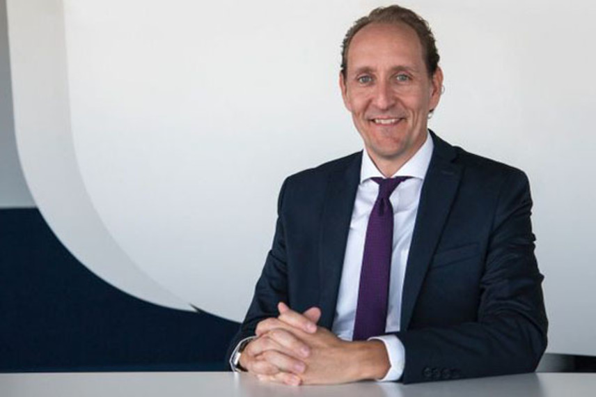 http://www.pax-intl.com/passenger-services/people/2020/11/18/vranckx-appointed-new-swiss-ceo/#.X704Ly_b3OQ