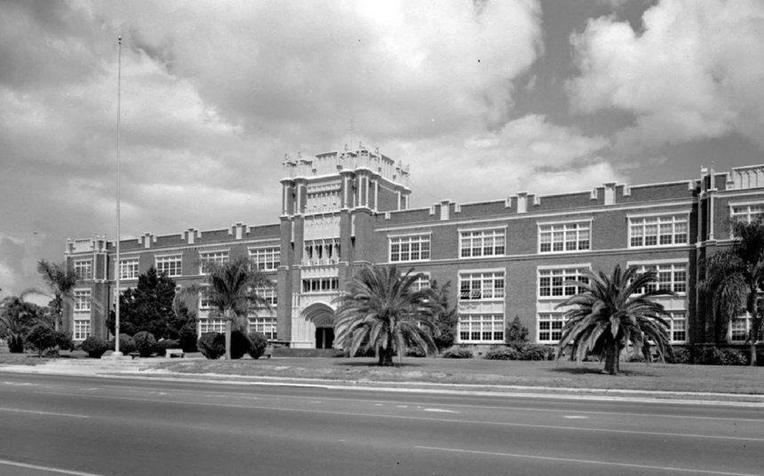 M. Leo Elliott Building – Former Sarasota High School Photo: City of Sarasota