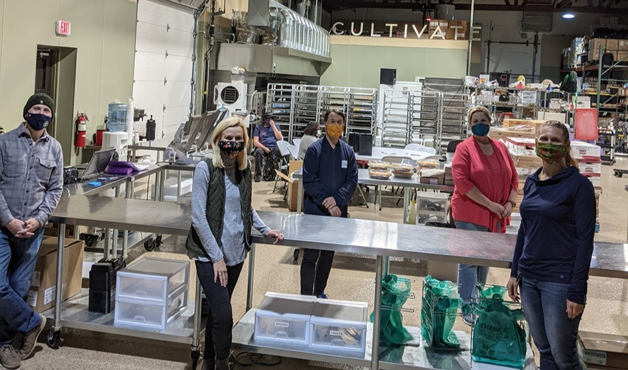 Staff and faculty from the Nanovic Institute for European Studies and the Keough School of Global Affairs gathered at Cultivate Food Rescue to help package meals for our neighbors in need.