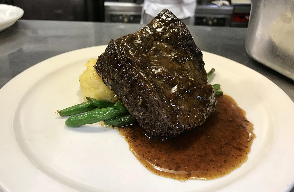 Photo of braised beef short ribs and browned butter mashed potatoes