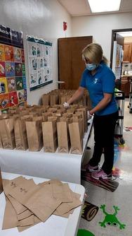 Organizing food distribution