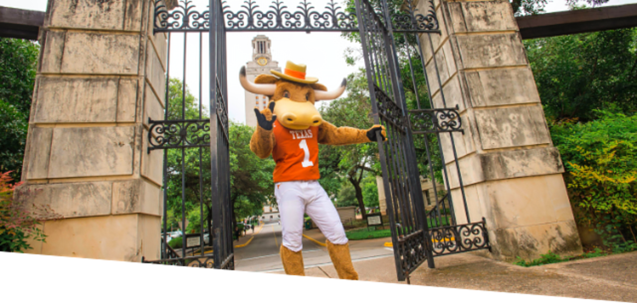 Hook 'Em on The University of Texas Campus