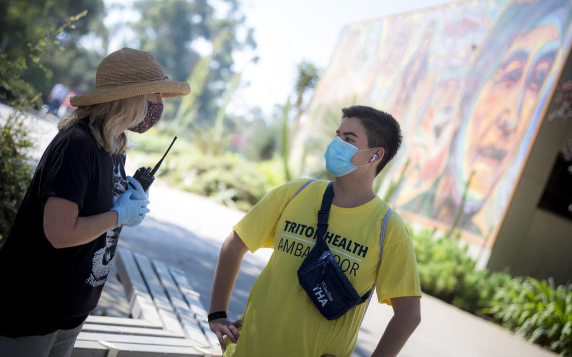 Vice Chancellor Satterlund with a student Triton Health Ambassador