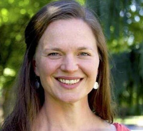 Photo of Dr. Alissa Cordner