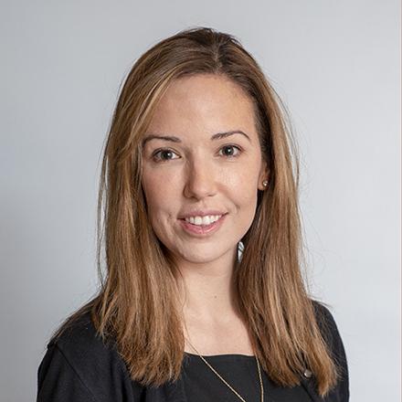 Dr. Tracey Simon