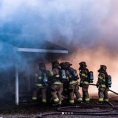 Gresham Fire Academy recruits practice.