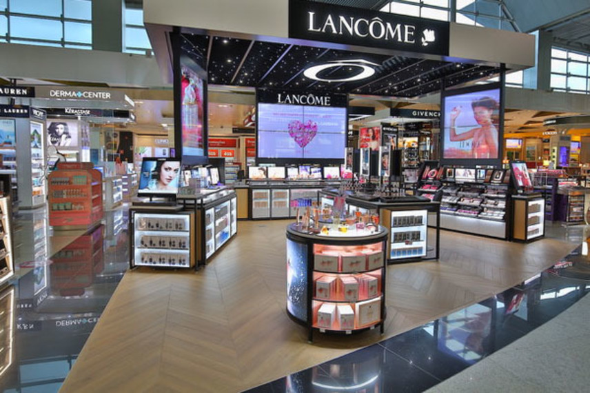 https://www.dutyfreemag.com/americas/business-news/industry-news/2021/02/16/lancme-and-dufry-open-flagship-store-in-gru/#.YCwu5i3b1pQ