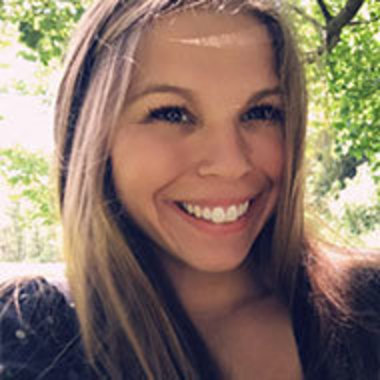 Allison Wolfe headshot