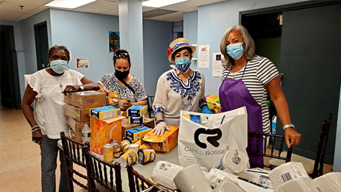 Emergency food program at Holyrood Episcopal Church-Iglesia Santa Cruz in Washington Heights