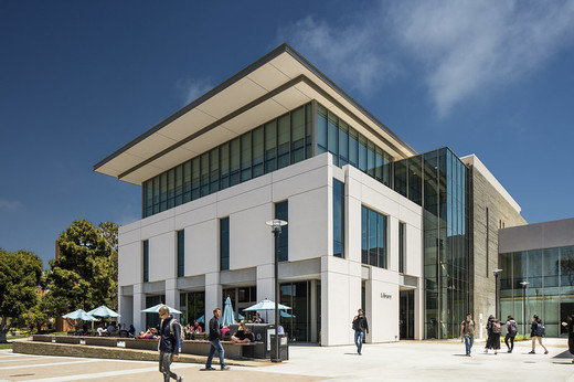 UCSB Library entrance