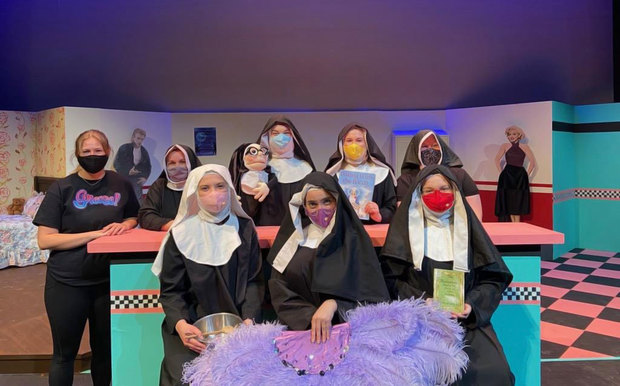 Photo of Central College music and theatre students at Nunsense dress rehearsal