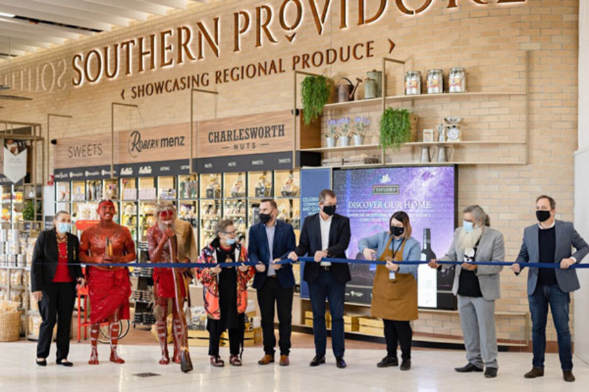 https://www.dutyfreemag.com/asia/business-news/retailers/2021/05/05/lagardre-opens-new-local-concept-southern-providore/#.YJKvbS295pQ