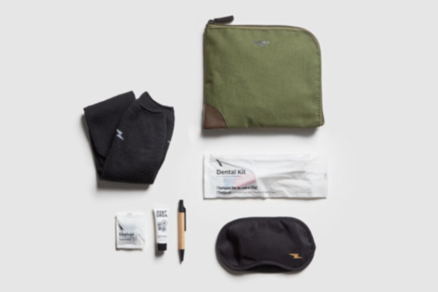 http://www.pax-intl.com/passenger-services/amenities-comfort/2021/05/11/american-airlines-introduces-amenity-kits-to-keep-travel-top-of-mind/#.YKPs2C295pQ