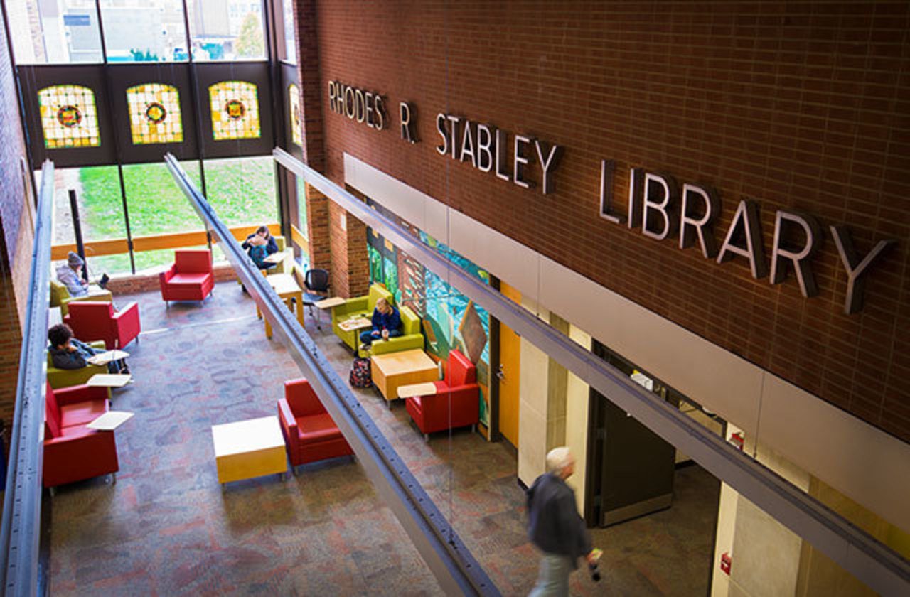 a view from above of the indoor area where Stapleton and Stabley libraries connect