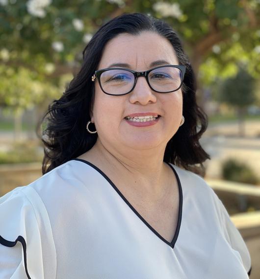 Dr. Rosalinda Ortiz