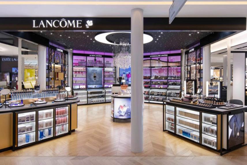 https://www.dutyfreemag.com/americas/brand-news/fragrances-cosmetics-skincare-and-haircare/2021/07/23/la-samaritaine-opens-in-paris/#.YPrhKS-95pQ
