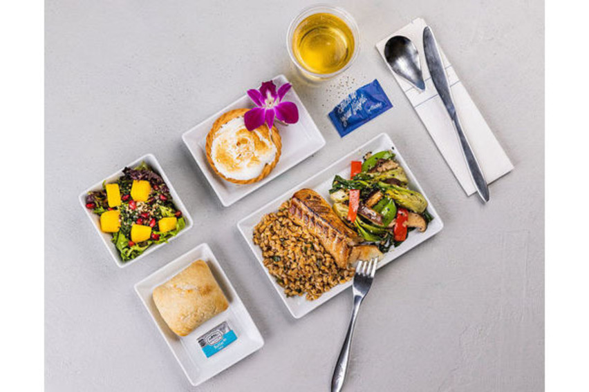 https://www.pax-intl.com/passenger-services/catering/2021/08/03/alaska-airlines-brings-back-food-service-options/#.YQlery295pQ