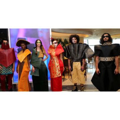 https://www.dutyfreemag.com/gulf-africa/business-news/retailers/2021/08/03/qdf-and-hia-celebrate-the-launch-of-viale-di-lusso/#.YRLRtC295pR